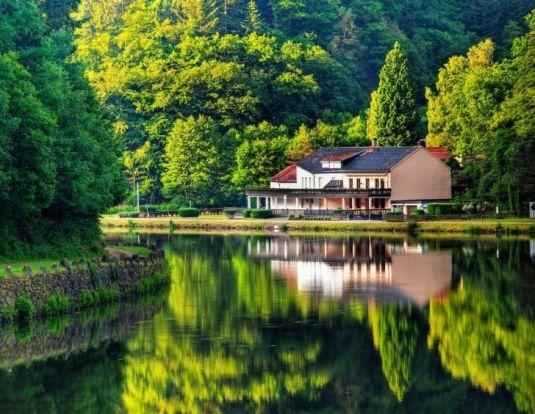 рынок загородной недвижимости, загородные дома в спб и ло