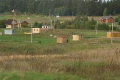 Рядом с Ясная Поляна расположен Коттеджный поселок  Пять озер