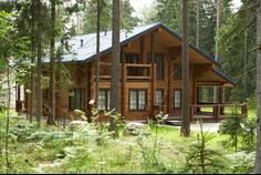 Рядом с Karelia Holiday Park расположен Коттеджный поселок  Гармония