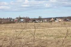 Рядом с Екатериновка расположен Коттеджный поселок  Холмистый