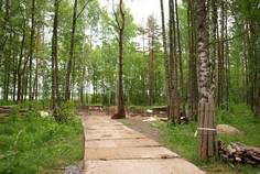 Рядом с Овраги (озеро Суходольское) расположен Коттеджный поселок  Lakes'berry Club