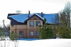 Рядом с Малая Малиновка расположен Коттеджный поселок  Малое Симагино