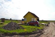 Рядом с Дивное озеро расположен Коттеджный поселок  Ропшинские Горки