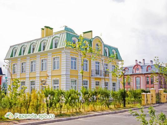 Коттеджный поселок  Северный Версаль, Приморский СПб. Актуальное фото.