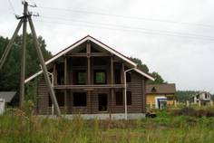 Рядом с Чёрный Ручей расположен Коттеджный поселок  Невский Остров