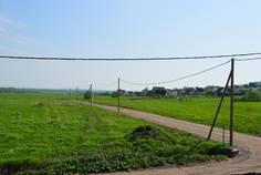 Рядом с Ропшинские Высоты расположен Коттеджный поселок  Ропшинская Долина