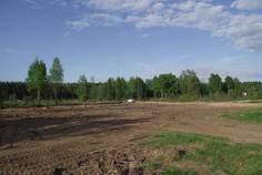 Рядом с Лазурные Озера расположен Коттеджный поселок  Воскресенское