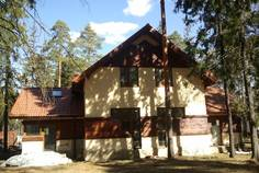 Рядом с Хвойное расположен Коттеджный поселок  Чехово