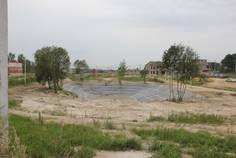 Рядом с Рыжики расположен Коттеджный поселок  Рублево