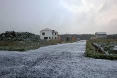 Рядом с Тихий дом расположен Коттеджный поселок  Новополье