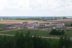 Рядом с Коркинский ручей расположен Коттеджный поселок  Солнечная Поляна