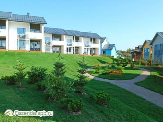 Малоэтажный жилой комплекс Кюмлено, Всеволожский район. Актуальное фото.