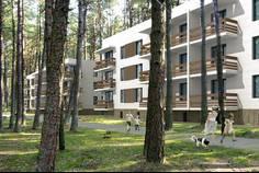 Рядом с Юкковский Парк расположен Малоэтажный жилой комплекс Заповедный