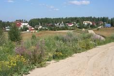 Рядом с Рублево расположен Коттеджный поселок  Тавры