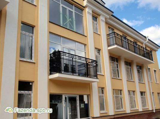Малоэтажный жилой комплекс Династия, Петродворцовый СПб.