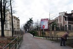 Рядом с Серебряный век расположен Малоэтажный жилой комплекс Шаляпин