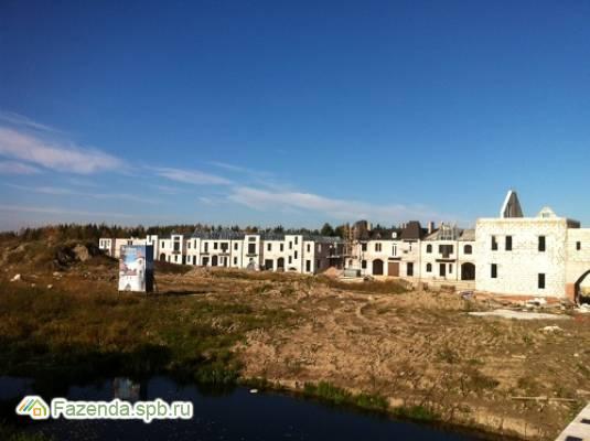 Малоэтажный жилой комплекс Noteburg, Кировский район. Актуальное фото.