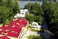 Рядом с Коломяги Эко расположен Малоэтажный жилой комплекс Суздальский этюд