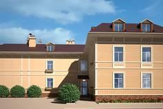 Рядом с Бастион расположен Малоэтажный жилой комплекс Аркадия