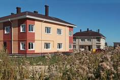 Рядом с Графская Славянка расположен Малоэтажный жилой комплекс Покровское