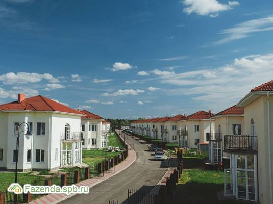 Коттеджный поселок  Ропшинские пруды, Ломоносовский район.
