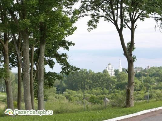 Коттеджный поселок  Петергоффские аллеи, Ломоносовский район.