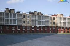 Рядом с Альтернатива расположен Малоэтажный жилой комплекс Тихий дом