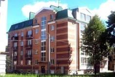 Рядом с Дом на Школьной расположен Малоэтажный жилой комплекс Царский