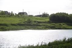 Рядом с Гатчинские Поместья 2  расположен Коттеджный поселок  Кедровое