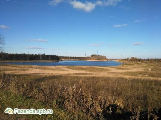 Коттеджный поселок  Голубые озера, Гатчинский район.