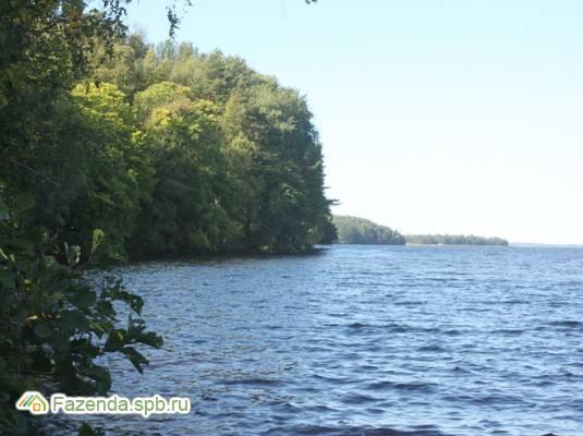 Коттеджный поселок  Озеро Отрадное, Приозерский район.