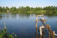 Рядом с Финские дачи расположен Коттеджный поселок  Никольское