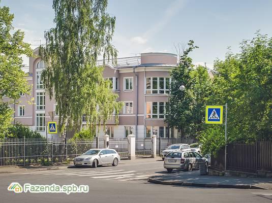 Малоэтажный жилой комплекс МОНБИЖУ, Пушкинский район.
