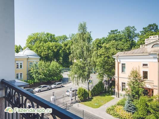Малоэтажный жилой комплекс МОНБИЖУ, Пушкинский район. Актуальное фото.