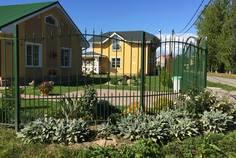 Рядом с Ломоносовская усадьба расположен Коттеджный поселок  Новое Сойкино — Европейский квартал