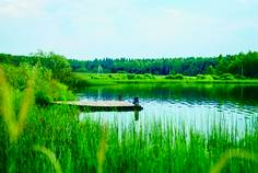 Рядом с Озерная Долина расположен Коттеджный поселок  Redvill