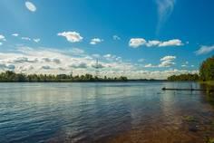 Рядом с Невский Остров расположен Коттеджный поселок  Нева-ДА!