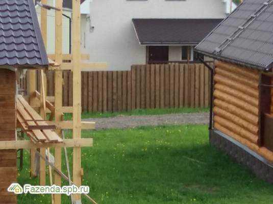 Коттеджный поселок  Янтарная Ропша, Ломоносовский район.