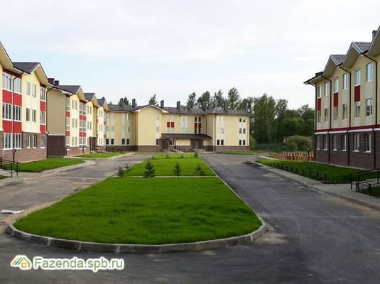 Малоэтажный жилой комплекс Малое Карлино 3, Ломоносовский район.