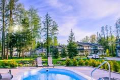 Рядом с Bellagio Country Club расположен Коттеджный поселок  Repino Club