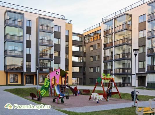 Малоэтажный жилой комплекс Юттери, Колпинский СПб. Актуальное фото.