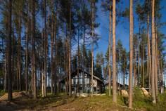 Рядом с Радуга расположен Коттеджный поселок  Liikola Club