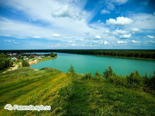 Коттеджный поселок  Лазурные озёра, Всеволожский район. Актуальное фото.