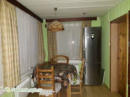 Продажа загородного дома 283 кв.м., Кировский район.