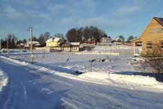 Рядом с Русское поле расположен Коттеджный поселок  Софийские Сады