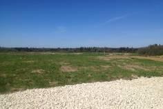 Рядом с Заостровье-1 расположен Коттеджный поселок  Светлое