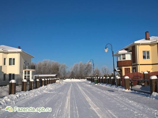 Коттеджный поселок  Ропшинские пруды, Ломоносовский район. Актуальное фото.