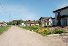 Рядом с Вишневское озеро расположен Коттеджный поселок  Большая медведица