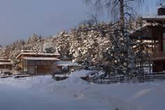 Рядом с Дом в поселке Громово расположен Коттеджный поселок  Суходольское