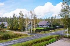 Рядом с Рублево расположен Коттеджный поселок  Коркинское